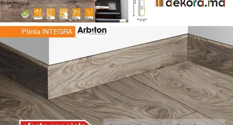 Plinta cu aspect de lemn din duropolimer – INTEGRA