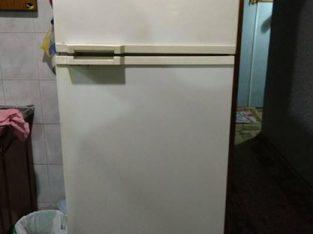 Холодильник Атлант БУ, рабочее состояние