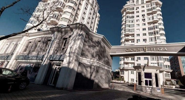 Сдается 2-комнатная квартира в жилом комплексе