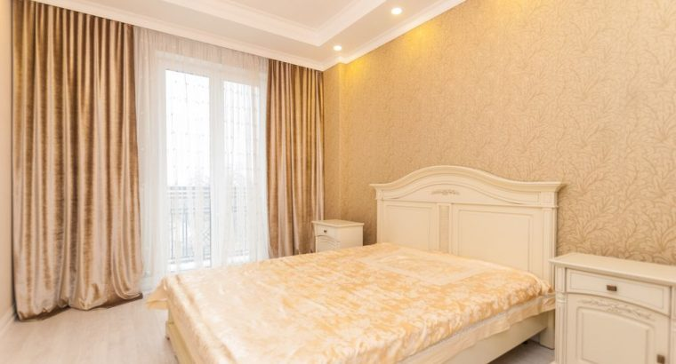 Сдается 3 комнатная квартира в самом центре Кишинева. 80,5 кв.м.