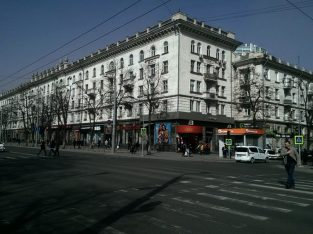 Сдается квартира в самом центре Кишинева . Ул. Штефан чел Маре, 132