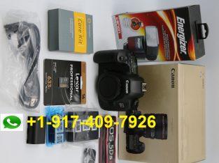 Noi camere Canon și Nikon
