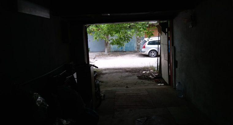 Продаётся капитальный гараж.
