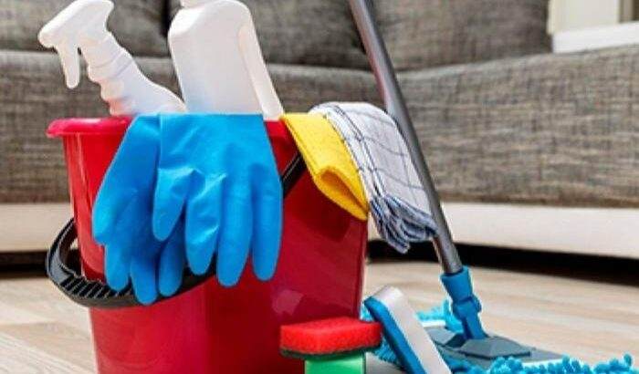 Servicii de menaj și curățenie în incinta benzinăr