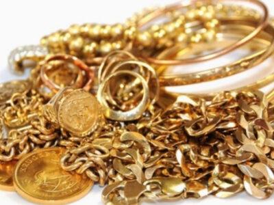Personal necalificat pentru sortarea bijuteriilor/